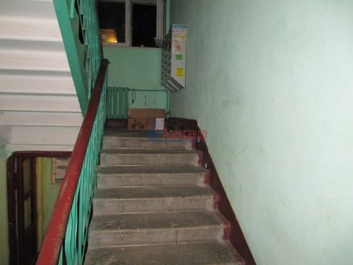 2-комнатная квартира (42м2) на продажу по адресу Юрия Гагарина просп., 14— фото 8 из 11