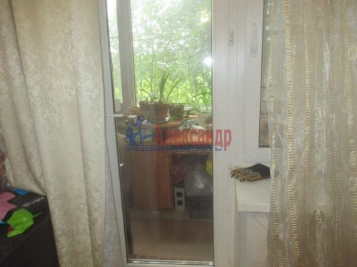 1-комнатная квартира (37м2) на продажу по адресу Малое Верево дер., 46— фото 5 из 8