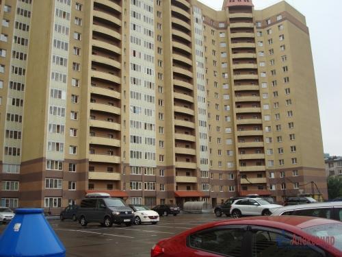 3-комнатная квартира (100м2) на продажу по адресу Ново-Александровская ул., 14— фото 2 из 31
