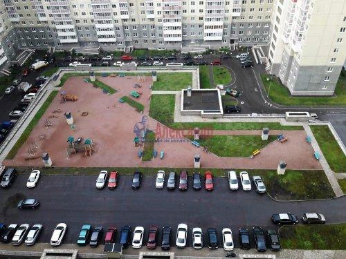2-комнатная квартира (64м2) на продажу по адресу Ленинский пр., 55— фото 10 из 18