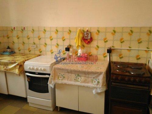 Комната в 5-комнатной квартире (100м2) на продажу по адресу Малая Балканская ул., 52— фото 10 из 14