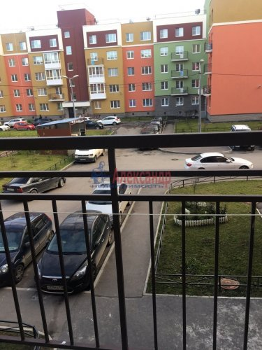 2-комнатная квартира (60м2) на продажу по адресу Юнтоловский пр., 53— фото 14 из 19