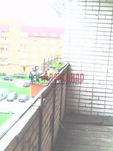 Комната в 3-комнатной квартире (59м2) на продажу по адресу Ломоносов г., Костылева ул., 16— фото 2 из 3