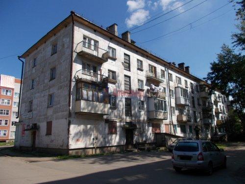 1-комнатная квартира (30м2) на продажу по адресу Волхов г., Щорса ул., 3— фото 1 из 3