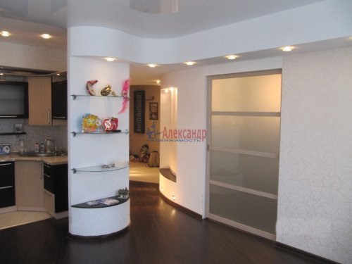 2-комнатная квартира (60м2) на продажу по адресу Вяртсиля пгт., Мира ул., 4— фото 6 из 26