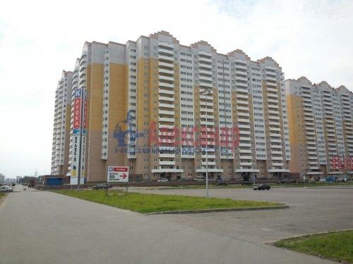 2-комнатная квартира (61м2) на продажу по адресу Парашютная ул., 58— фото 1 из 12