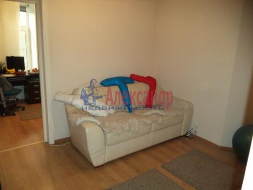 2-комнатная квартира (50м2) на продажу по адресу Маркина ул., 14-16— фото 3 из 28
