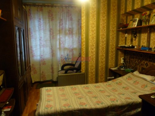 3-комнатная квартира (68м2) на продажу по адресу Обуховской Обороны пр., 144— фото 5 из 13