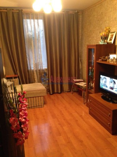 3-комнатная квартира (61м2) на продажу по адресу Тельмана ул., 44— фото 13 из 19
