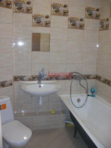 1-комнатная квартира (41м2) на продажу по адресу Адмирала Трибуца ул., 10— фото 6 из 11