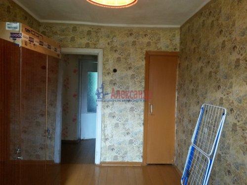 3-комнатная квартира (57м2) на продажу по адресу Кириши г., Ленина пр., 15— фото 1 из 8