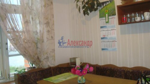 4-комнатная квартира (76м2) на продажу по адресу Новоселье пос., 150— фото 6 из 13