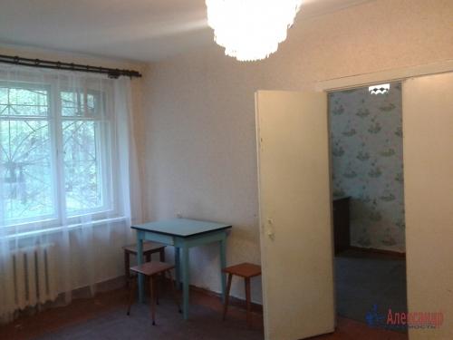 2-комнатная квартира (42м2) на продажу по адресу Кузнечное пгт., Приозерское шос., 7— фото 11 из 13