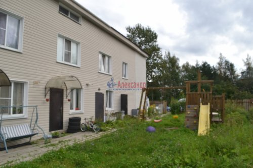 2-комнатная квартира (65м2) на продажу по адресу Володарский пос., Трудовая ул., 17— фото 6 из 19