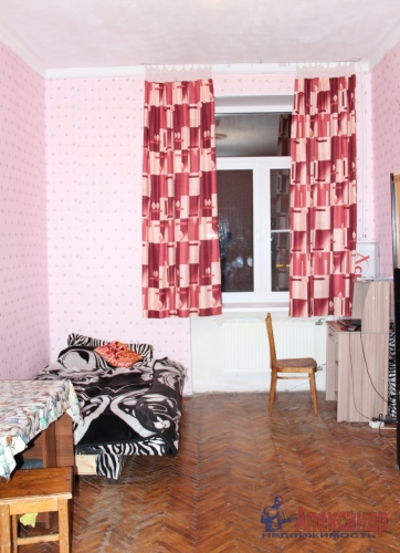 4-комнатная квартира (93м2) на продажу по адресу Полярников ул., 5— фото 14 из 16