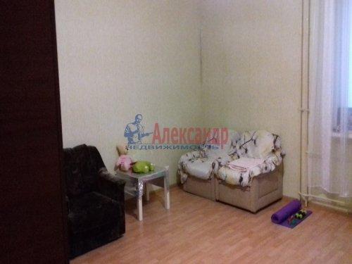 2-комнатная квартира (63м2) на продажу по адресу Шушары пос., Изборская ул., 3— фото 1 из 4