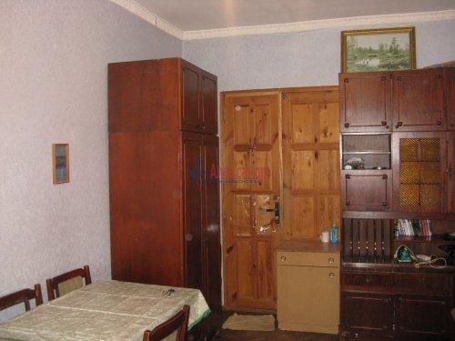 Комната в 3-комнатной квартире (75м2) на продажу по адресу Наличная ул., 25— фото 3 из 9