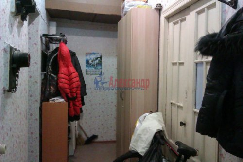 Комната в 3-комнатной квартире (87м2) на продажу по адресу Обводного канала наб., 142— фото 5 из 6