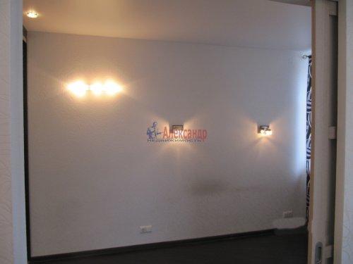 2-комнатная квартира (60м2) на продажу по адресу Вяртсиля пгт., Мира ул., 4— фото 8 из 26