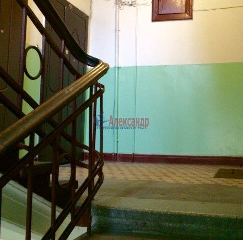 2-комнатная квартира (55м2) на продажу по адресу Ленина пл., 3— фото 3 из 7