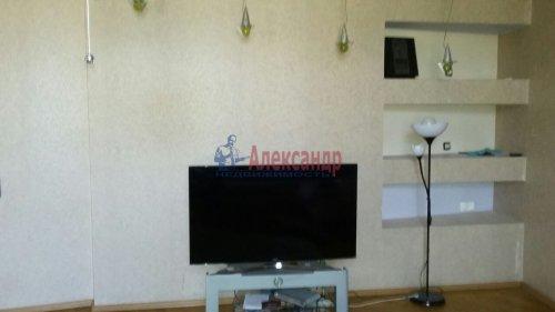 3-комнатная квартира (105м2) на продажу по адресу Тульская ул., 9— фото 3 из 12