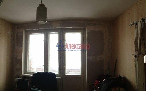 2-комнатная квартира (47м2) на продажу по адресу Художников пр., 24— фото 2 из 7