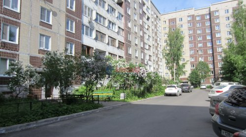 2-комнатная квартира (57м2) на продажу по адресу Мурино пос., Оборонная ул., 26— фото 3 из 14