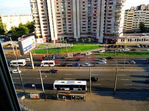 4-комнатная квартира (64м2) на продажу по адресу Славы пр., 12— фото 10 из 13
