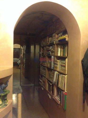 3-комнатная квартира (58м2) на продажу по адресу Красное Село г., Красногородская ул., 17— фото 4 из 9