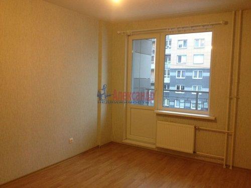 2-комнатная квартира (44м2) на продажу по адресу Шушары пос., Колпинское шос., 40— фото 2 из 8