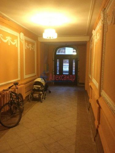 2-комнатная квартира (56м2) на продажу по адресу Малая Посадская ул., 6— фото 2 из 10