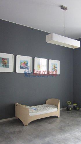 2-комнатная квартира (70м2) на продажу по адресу Петергофское шос., 5— фото 10 из 19