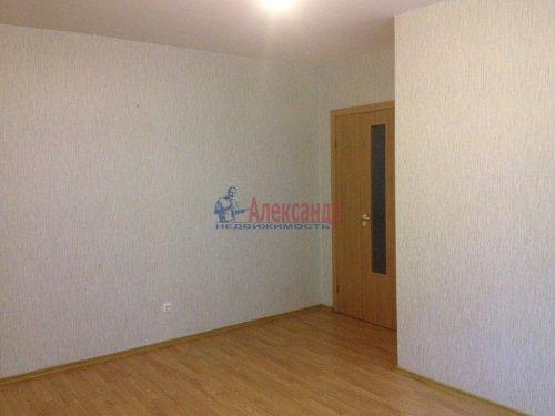 2-комнатная квартира (44м2) на продажу по адресу Шушары пос., Колпинское шос., 40— фото 3 из 8