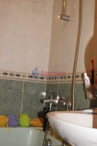 2-комнатная квартира (56м2) на продажу по адресу Просвещения просп., 53— фото 6 из 9