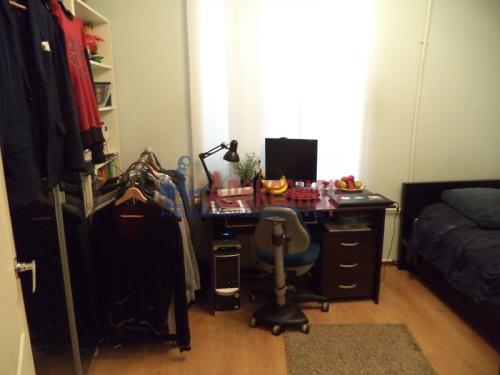 2-комнатная квартира (50м2) на продажу по адресу Маркина ул., 14-16— фото 4 из 28