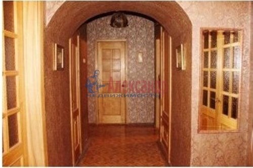4-комнатная квартира (103м2) на продажу по адресу Тихорецкий пр., 7— фото 2 из 13