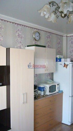 Комната в 2-комнатной квартире (62м2) на продажу по адресу Октябрьская наб., 64— фото 8 из 18