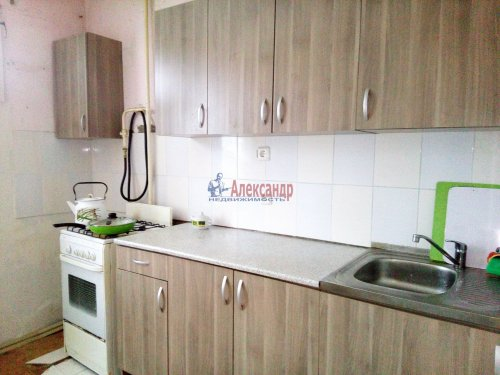 1-комнатная квартира (39м2) на продажу по адресу Синявино 1-е пгт., Кравченко ул., 18— фото 3 из 8