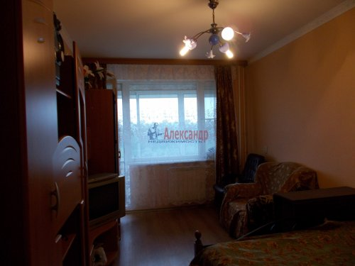 3-комнатная квартира (61м2) на продажу по адресу Ломоносов г., Ораниенбаумский пр., 49— фото 5 из 18