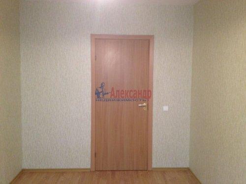 2-комнатная квартира (44м2) на продажу по адресу Шушары пос., Колпинское шос., 40— фото 6 из 8
