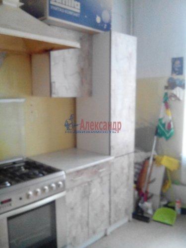 Комната в 3-комнатной квартире (80м2) на продажу по адресу 17 линия В.О., 8— фото 6 из 7