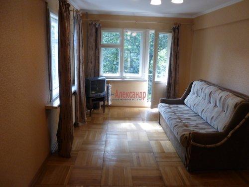 2-комнатная квартира (42м2) на продажу по адресу Гранитная ул., 52— фото 2 из 6