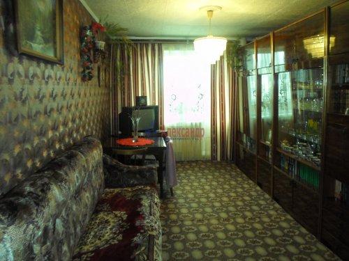 3-комнатная квартира (74м2) на продажу по адресу Снегиревка дер., Майская ул., 1— фото 1 из 8