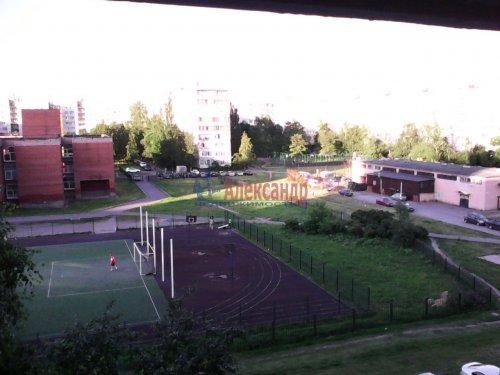3-комнатная квартира (60м2) на продажу по адресу Ярослава Гашека ул., 4— фото 1 из 9