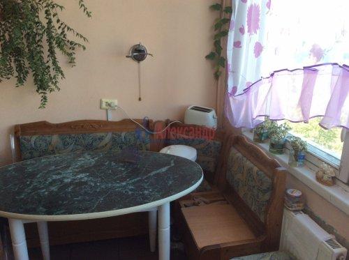 2 комнаты в 4-комнатной квартире (77м2) на продажу по адресу Подвойского ул., 17— фото 14 из 16