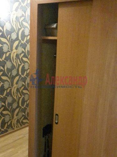 2-комнатная квартира (51м2) на продажу по адресу Культуры пр., 26— фото 17 из 23