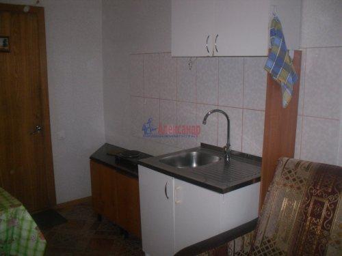 Комната в 6-комнатной квартире (105м2) на продажу по адресу Есенина ул., 22— фото 4 из 6