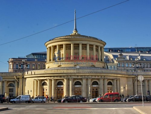 Комната в 5-комнатной квартире (142м2) на продажу по адресу Невский пр., 95— фото 15 из 16