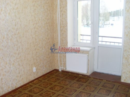 3-комнатная квартира (71м2) на продажу по адресу Петровское пос., Шоссейная ул., 40— фото 3 из 15