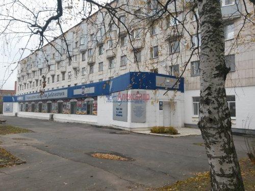 3-комнатная квартира (61м2) на продажу по адресу Кириши г., Волховская наб., 24— фото 2 из 3